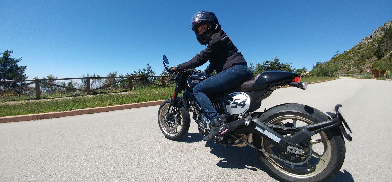 Montseny Barcelona. Scrambler Ducati Cafe Racer